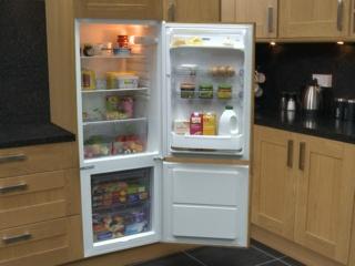 Сигнализация открытой двери в холодильниках Zanussi